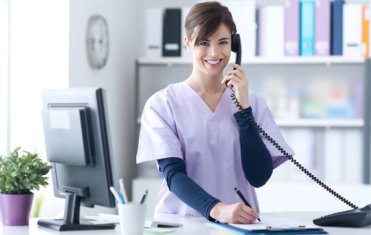 Become a Medical Administrative Assistant Online